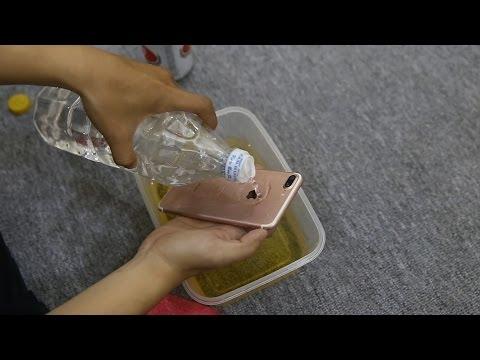 Thử thách khả năng chống nước của iPhone 7 Plus