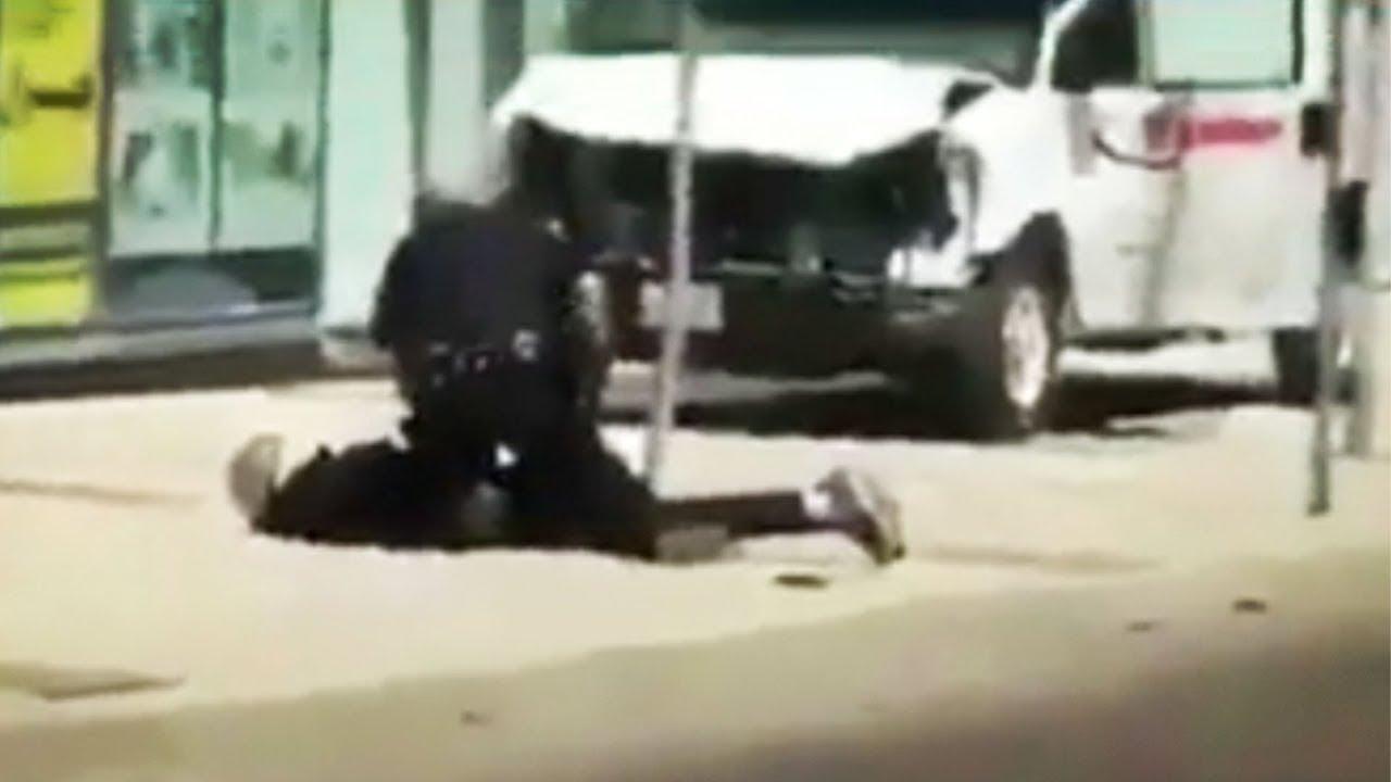 Terrorist Runs Over Pedestrians With Van In Toronto thumbnail