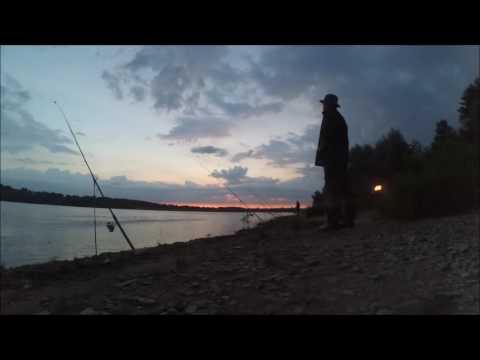 Primavera pescando su una picca