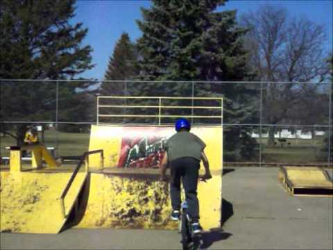 Redline Covet Sesh in the Huron Skatepark
