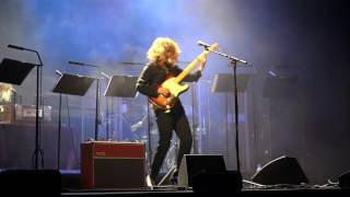 "Anna Calvi: ""Ghost Rider"" and ""I'll Be Your Man"", New Theatre, Cardiff 2016"