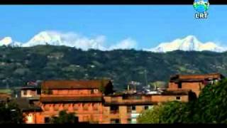 preview picture of video 'Bhaktapur Durbar Square and Patan Durbar Square'