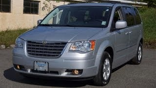 preview picture of video '2010 Chrysler Town & Country Touring Plus'