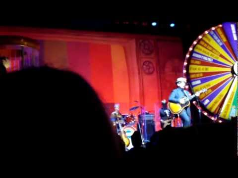 , title : 'Elvis Costello & the Imposters - Men Called Uncle (Seattle 04-12-12)'