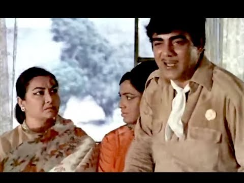 Bombay To Goa Funny Scenes - Mehmood Falls From The Bus