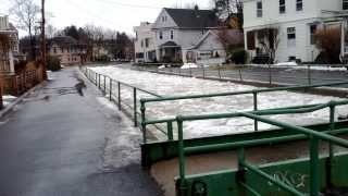 preview picture of video 'Ice Dam Breaks in Ithaca, New York'