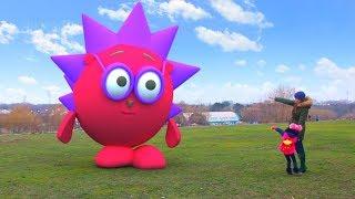 Видео для детей, Смешарики стали огромными (Top детский канал 18 серия на KidsFM)