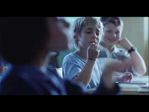 Ma Vie En Rose (1997) Trailer