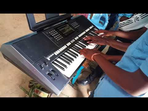 HOW TO PLAY AFRICAN REGGAE ON PIANO - BASS