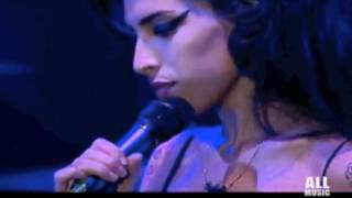 Amy Winehouse - Back to Black amazing live performance!