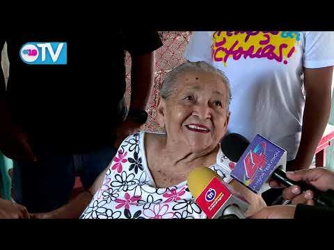 Gobierno sandinista entrega medios auxiliares a adultos mayores