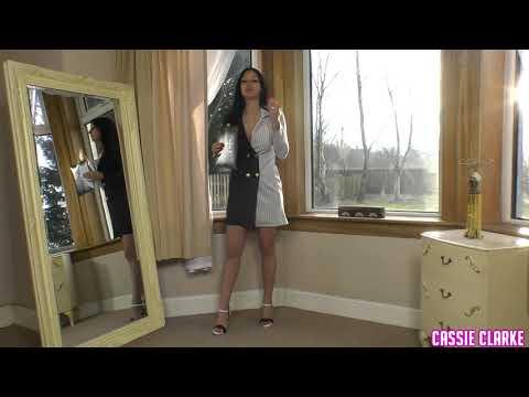 Jasper Conran Black Seamed Pantyhose Review - Cassie Clarke 15 denier