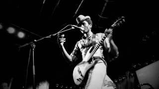 """KeZiAh JoNeS  """"Garan Garan""""  Live"""