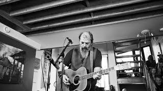 "Steve Earle - ""Midnight Rider"" (The Allman Brothers Band Cover) 