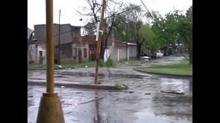 preview picture of video 'Tormenta (un Tornado) en Barrio Barranquitas Oeste'