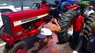 Tractor Ride On The Mississippi