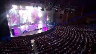 НОСТАЛЬГИЯ ПО НАСТОЯЩЕМУ. Стас Намин и Группа ЦВЕТЫ. Власть цветов (Crocus Hall - Live) 2013