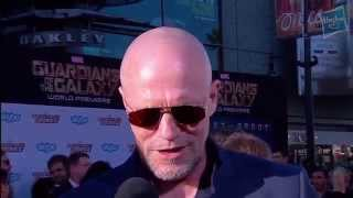 Ходячие мертвецы, Michael Rooker Discusses Space Snacks and Yondu's Favorite Weapon