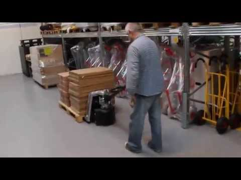 Letvægts semi-elektrisk palleløfter 1800 kg