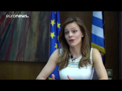 Η Υπ.Εργασίας Έφη Αχτσιόγλου στο euronews