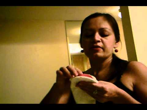Ver vídeoSíndrome de Down: Marioneta hecha con un calcetín