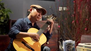Lai Gan Hon Anh (Viens M'Embrasser, Abrazame...) - Solo Guitar:  Le Hung Phong