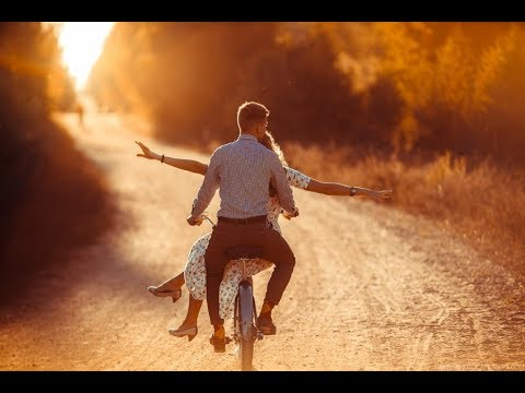 Песни про счастье с парнем