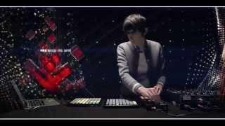 Madeon's Mini Mix Live
