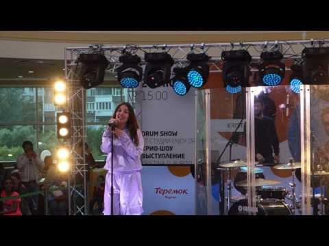 Кристина Си - Посмотри, концерт в ТЦ Рио 24 июня 2017