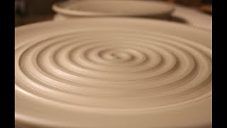 Throwing Plates For A Dinnerware Set