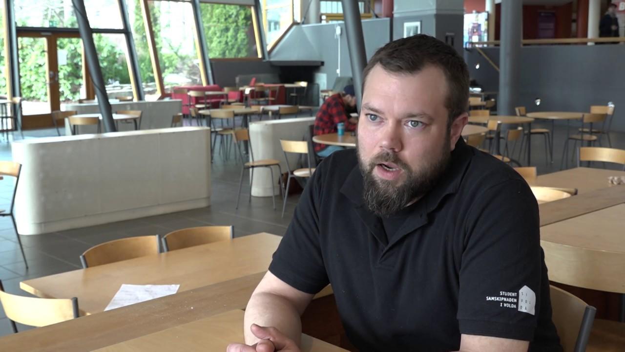 Sløv kildesortering på Høgskulen i Volda