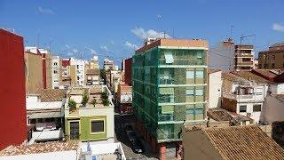 Испания, Валенсия, продажа здания рядом с пляжем Playa de la Malvarrosa. Недвижимость в Испании