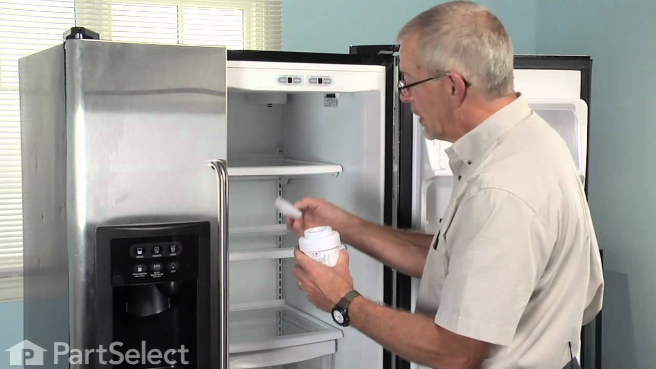Replacing your General Electric Refrigerator Refrigerator Ice and Water Filter