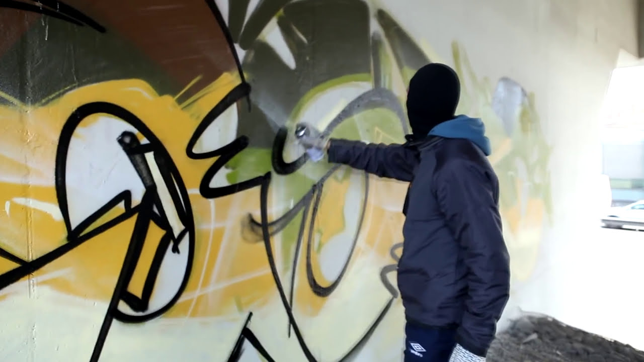 graffiti street art demonstration by raskoart