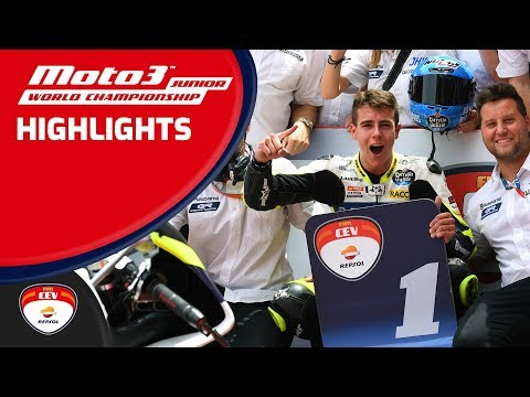 Watch Carlos Tatay and Jeremy Alcoba take the FIM Moto3™ Junior Wch victories in Barcelona