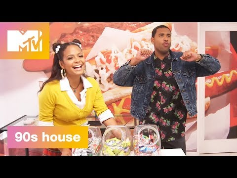 90's Kitchen: L'Eggo My Eggo | 90's House: Hosted by Lance Bass & Christina Milian | MTV