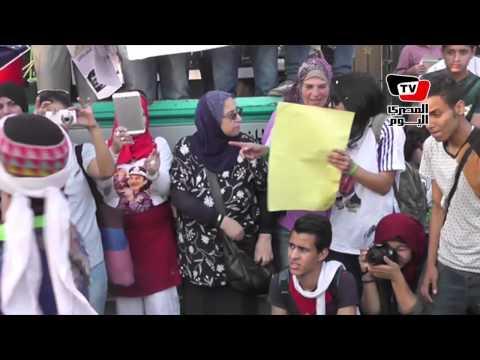 أنصار مبارك يحتفلون بعيد ميلاده علي نغمات «اخترناه»