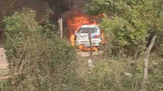 preview picture of video 'Rally de Goya 2010 Incendio coche Nº 35'