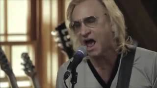 Joe Walsh-Rocky Mountain Way- Live From Daryl's House