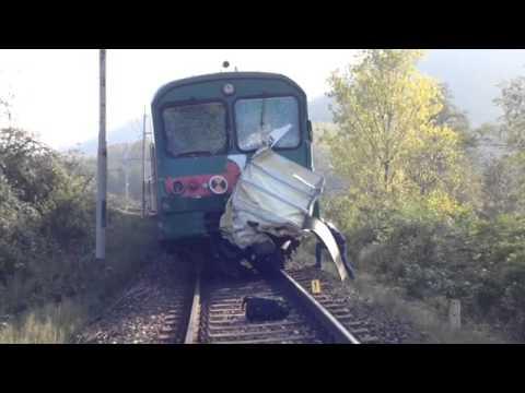 Pontida, treno investe ambulanza