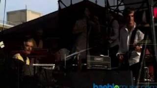 Blonde Redhead - 23 (Live HQ)