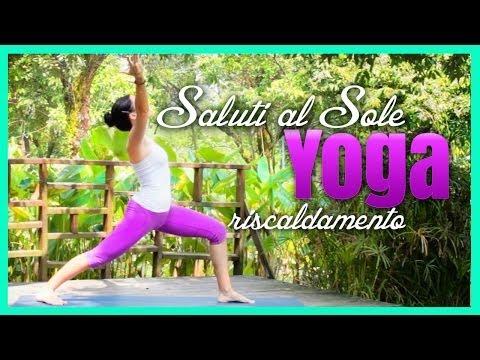 Esercizi per la colonna vertebrale in osteocondrosi nello yoga