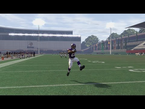 Who Can Complete a 99yd Touchdown First? Adrian Peterson or Marshawn Lynch? Funny Madden Gameplay