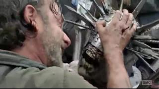 Rick Meets Winslow - Rick Vs Spiked Zombie: The Walking Dead 7x10