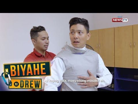 [GMA]  Biyahe ni Drew: Drew Arellano learns the basics of fencing