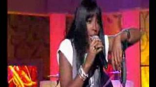 "Kelly Rowland sings ""Daylight"" Live // kelly-rowland.net"