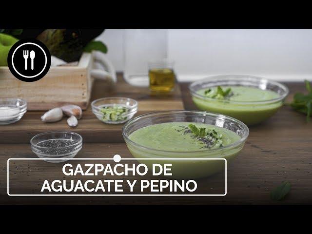 Gazpacho de AGUACATE y PEPINO, el entrante más fácil y rápido del verano | Directo al Paladar