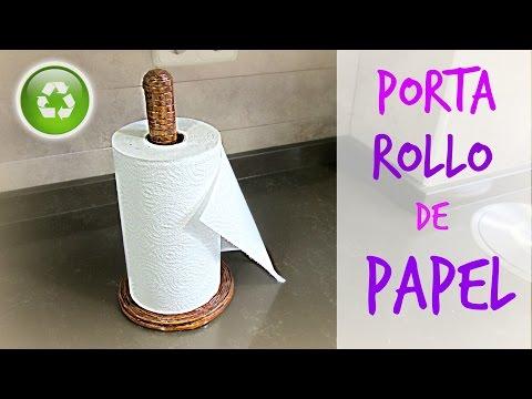 Cómo hacer un porta rollo de cocina de papel periódico. How to make a paper towel roll holder.
