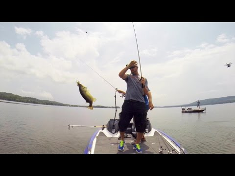 GoPro: Gerald Swindle and Shaye Baker Powerboat Fishing
