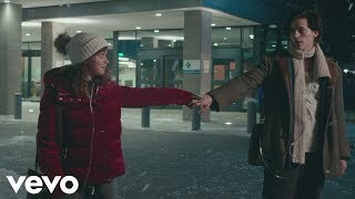 Five Feet Apart - Don't Give Up On Me - YouTube
